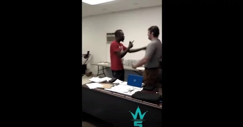 Furious Employee Confronts His Boss For Cutting His Pay