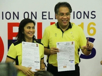 Roxas, Robredo attend Cebu mayor oath-taking, thank supporters