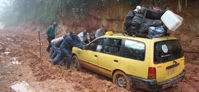 10 terrifying photos of African roads that will make you gasp