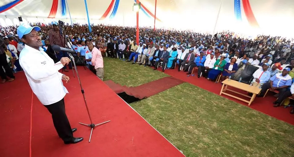 After Raila, Kalonzo also seeks GOD and the internet is excited