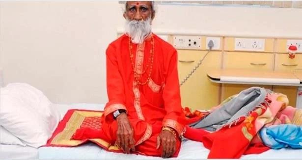 Este anciano no comió ni bebió por más de 70 años (¡La historia te impactará!)