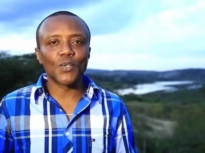 Five photos of the gorgeous woman that Kenyans want Maina Kageni to  marry