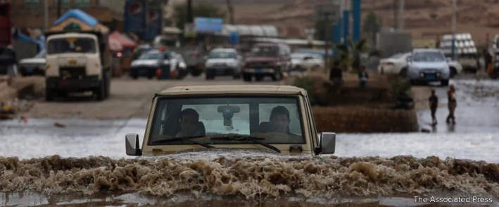 Intense rain in Saudi Arabia and Yemen, claim 42 lives