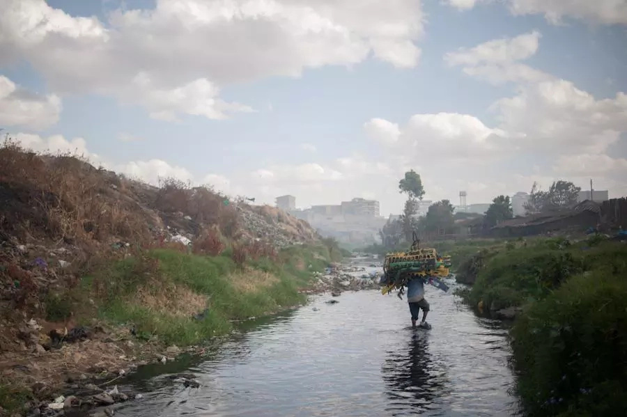 Man arrested while dumping woman's body in Nairobi River