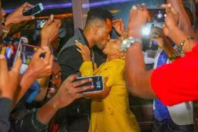 Size 8 and Dj Moh's awkward kiss everyone is talking about