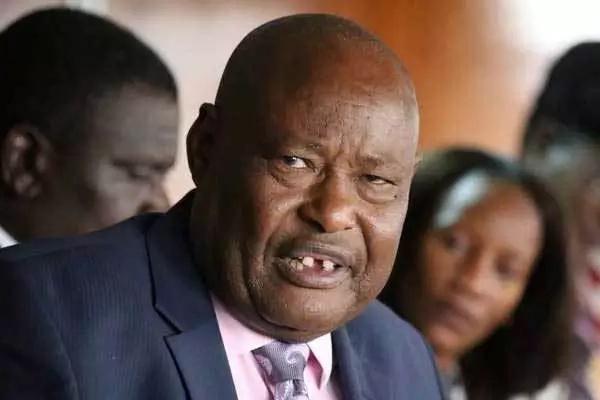 Uhuru Kenyatta extends Francis Kaparo's term