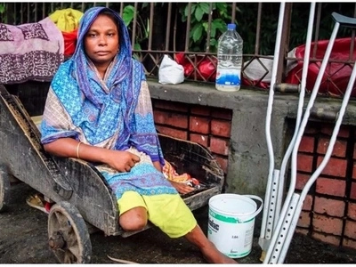 Disabled street beggar who lost her leg in train accident shares her story