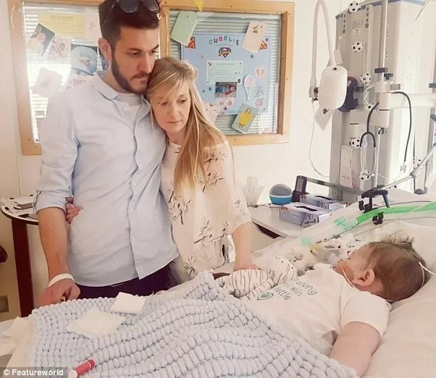 Pope Francis and President Trump weigh in on baby Charlie Gard's treatment case, offer to help
