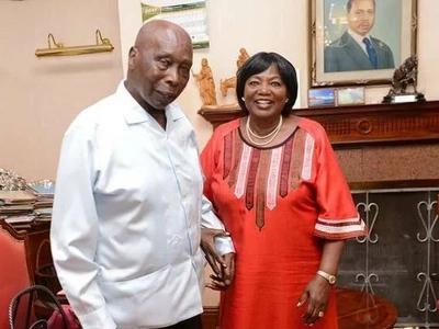 Mamake Uhuru amtembelea Moi; walizungumzia nini? (picha)