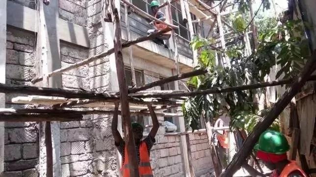 Jumba la mamilioni ya pesa ambalo Raila anajenga Kibera (PICHA)