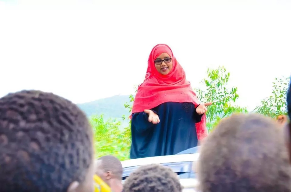 Suna East MP Junet Mohammed's wife is more gorgeous than yours (photos)