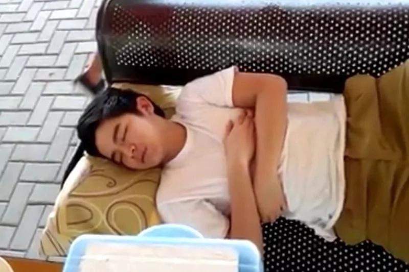 12 Kapamilya stars who were caught on camera sleeping while taking a break