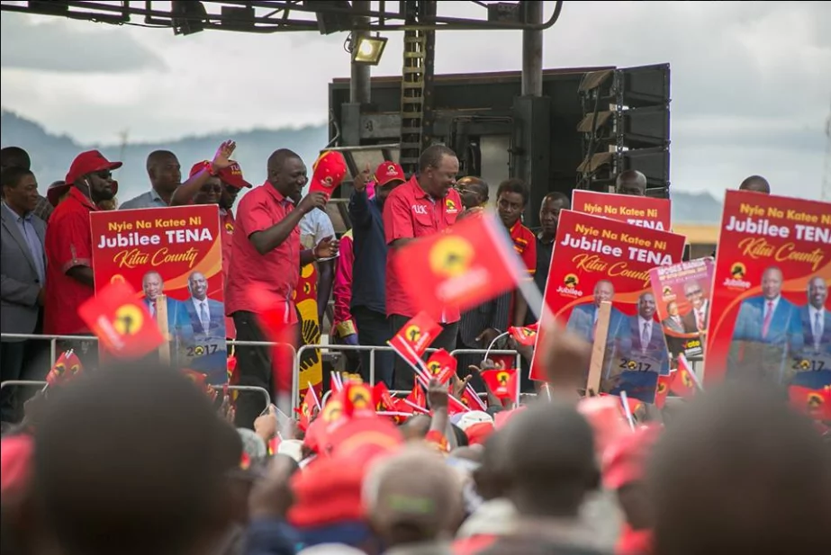 Uhuru to beat baba by 3 million votes