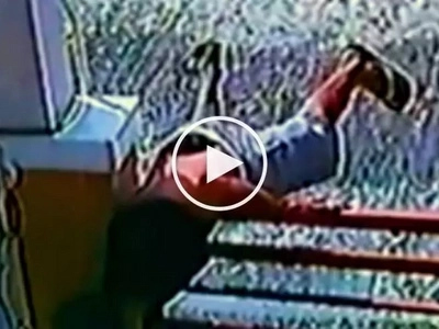Kawatang Spider-Man! Acrobatic Pinoy caught on CCTV burglarizing home in Lucena City