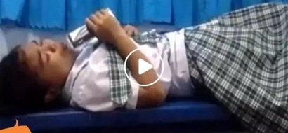 Talented Pinay singing Chandelier while lying down went viral! Her version will give you goosebumps!