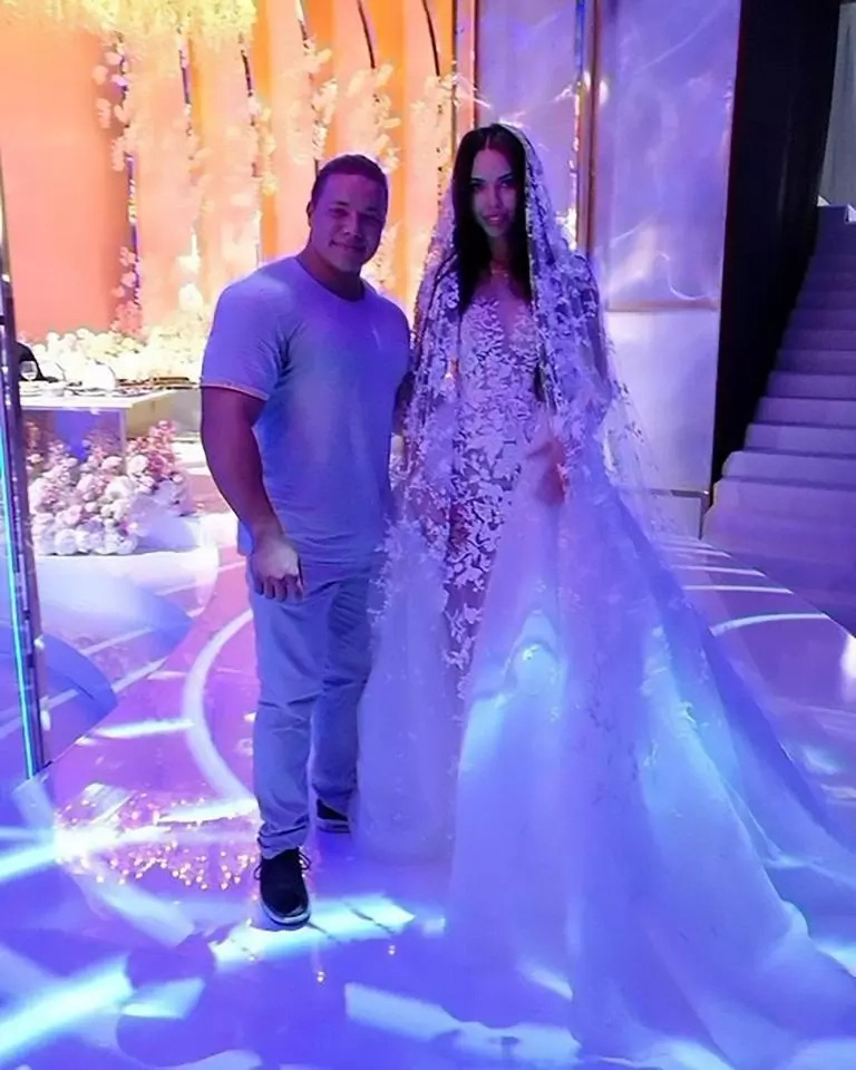 Billionaire marries model in potentially the year's most lavish wedding