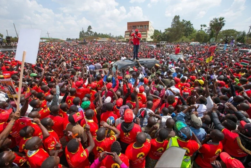 DP Ruto slams Raila's threat to boycott polls as hypocrisy,says Kenyans will elect Jubilee on account of superb record