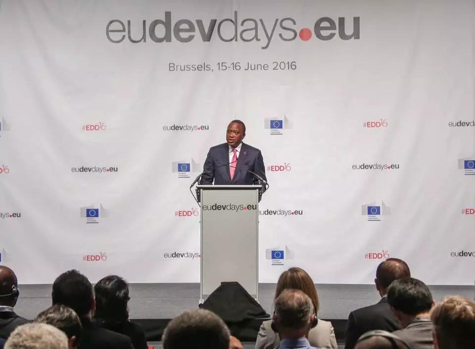Uhuru Kenyatta meets business leaders in Belgium
