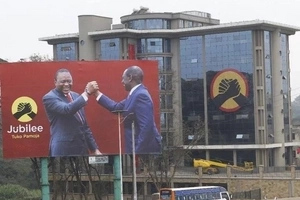Uhuru and Ruto billboards to be brought down