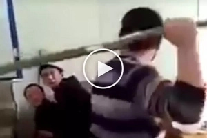 Brutal na child abuse! Crazy teacher violently beats up scared Asian students for breaking school rules