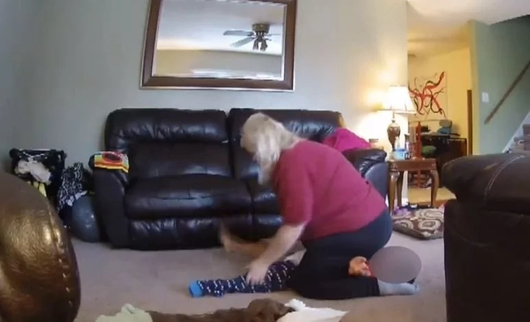 Lady leaves her son with the babysitter, when she comes home, she calls to the police