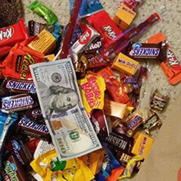 Father found an uncommon thing inside disabled daughter's trick or treat bag. He was very thankful for what he found ...