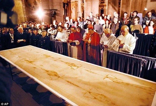 A church service in front of the Shroud. Photo: AP