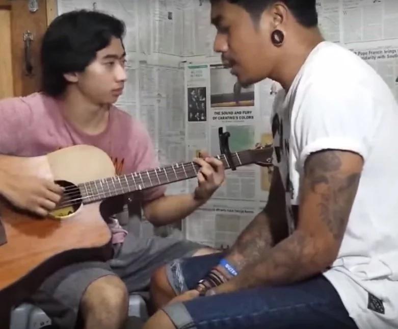 Ang galing nilang dalawa! Pinoy duo made netizens fall in love with song rendition