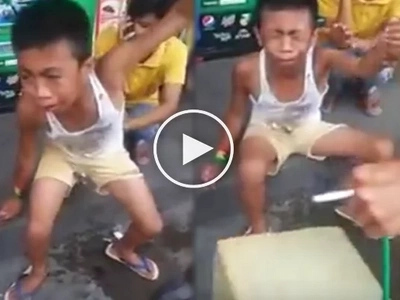Pinoy street vendor selling pandesal was robbed by a snatcher. His reaction will make you cry!
