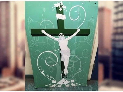 Man leaves Jesus painting at mosque in possible hate crime, unaware Muslims love Jesus too