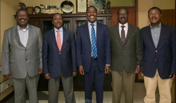 Peter Munya makes U-turn, dumps Raila barely a week after joining NASA