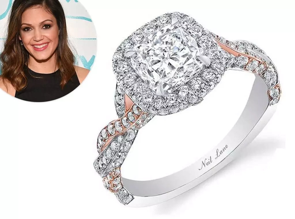 All The Details About Becca Kufrin's Stunning Engagement Ring & How It Compares To Other Bachelorette Bling