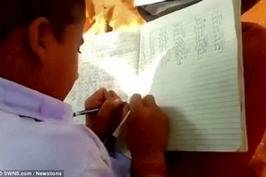 This Indian school teaches ALL students to write with BOTH hands! (photos, video)