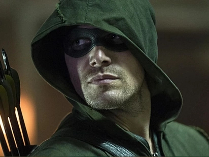 """Stephen Amell to """"Alyas Robin Hood"""": """"It does look familiar"""""""
