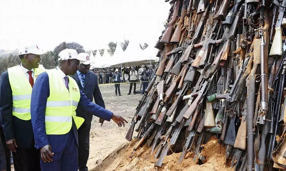 DP William Ruto leads in burning over 5,000 illegal guns (photos)
