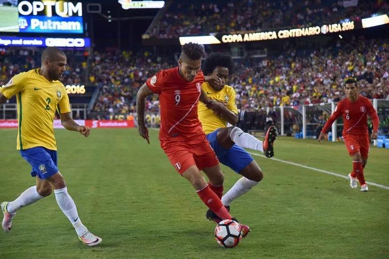 ¿Cuántos años pasaron para ver a Brasil afuera en primera ronda?
