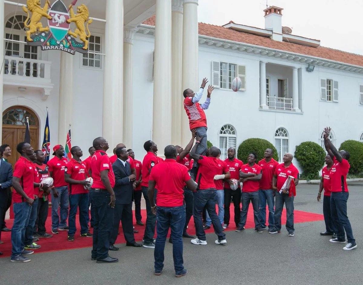 Nabii atabiri raisi wa 2017 na habari kuu juma hili