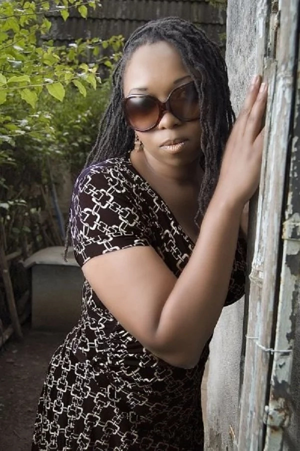 Radio presenter Narrates how she almost go undressed in Thika town for wearing a short