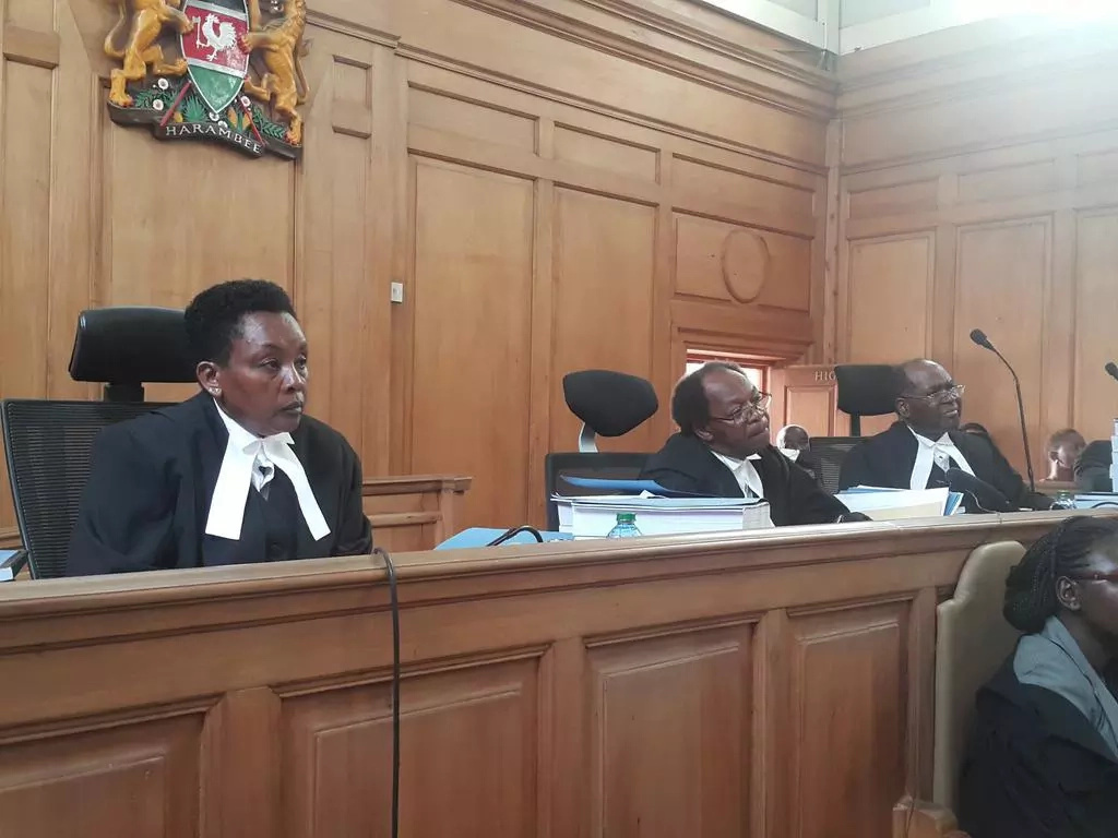 lawyer, judge fight in court