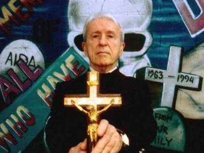 """The Irish Priest """"The Exorcist"""" Was Based On Was Murdered By A Possessed Girl"""