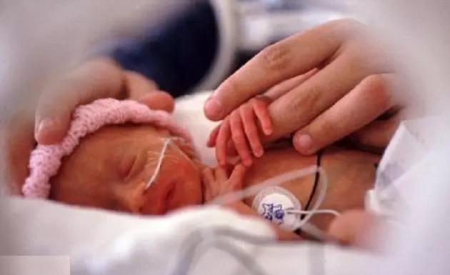 Un doctor de UCIN escribió la carta más hermosa a todos los padres que han perdido un bebé