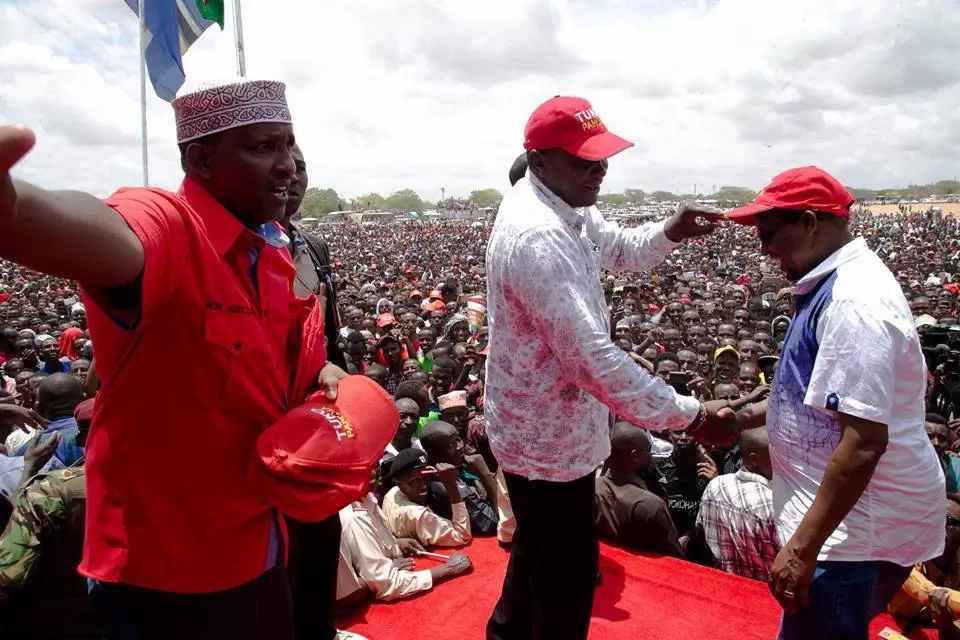 Uhuru gets hostile reception in Wajir(video)