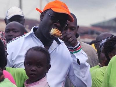 Mbunge aponea kifo baada ya kupigwa mawe na wenyeji kwa kujihusisha na 'Uhuru Kenyatta'