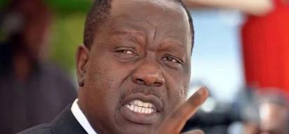 Waziri Matiang'i anapaswa kuona hili: wanafunzi wa shule ya msingi wasitisha shughuli Jogoo Road (picha, video)
