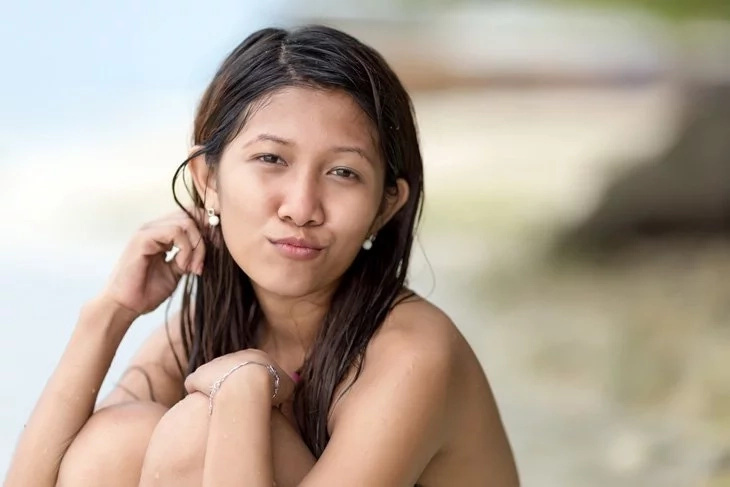 aloha single asian girls The 50 hottest hawaiian women by complex aug 11, 2010 share probably something about the aloha state's beaches or weather or palm trees girls.
