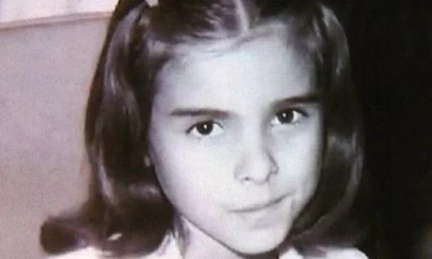 Hermosas fotos de la infancia de Kate del Castillo