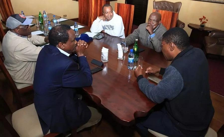 Kalonzo na Wetangula wakutana kwa saa 6 baada ya Raila kuwatema na kujiunga na Uhuru