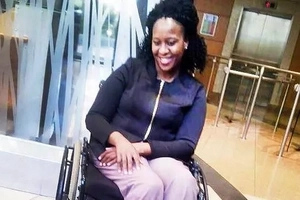 Woman in wheelchair was taken out of a flight even though they had initially said it was OK (photo)