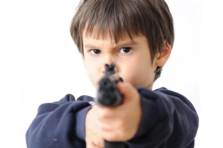 Niño de 13 años le dio un balazo a su mamá