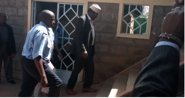Miguna Miguna refuses to take plea in Kajiado court, demands to be taken to Nairobi